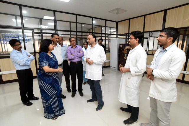 Secretary, Department of Fisheries, Govt. of India visits ICAR-CIFT, Cochin