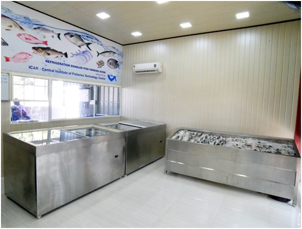 Refrigeration enabled fish vending kiosk -Commercialized by ICAR-CIFT