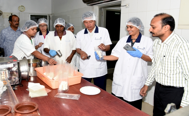 Analytical training on Methods in Fish Biochemistry - TCS Colombo Plan